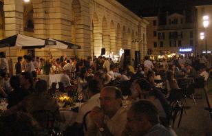 Piazza Arnaldo in Festa